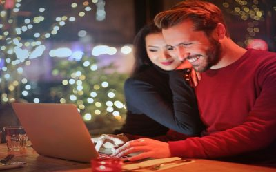 Why is LIC's New Jeevan Anand Plan the Best Choice for Young Couple?